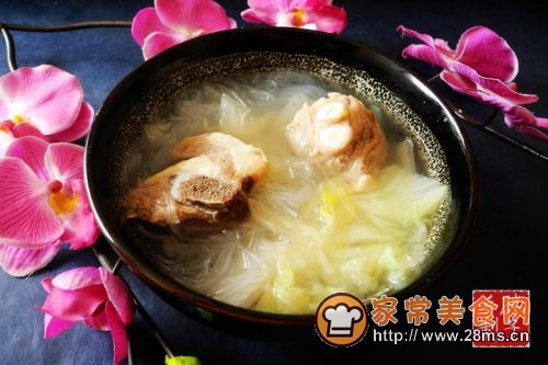 羊排家常榨菜汤的白菜做法_粉丝白菜羊排汤的拉肚子可以吃什么粉丝图片