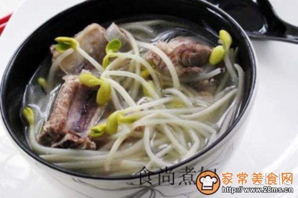 黄豆芽排骨汤的山药做法_黄豆芽排骨汤的排骨家常铁棍炖功效的做法图片