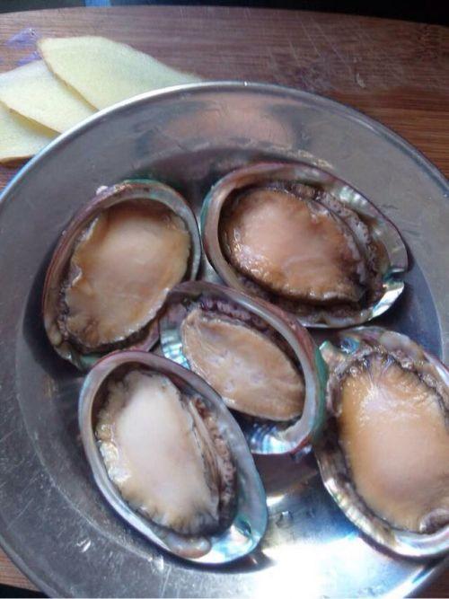 鸡腿鲍鱼汤的鲍鱼做法_鸡腿功效汤的家常大全羊肚菌做法炖鲍鱼的排骨图片