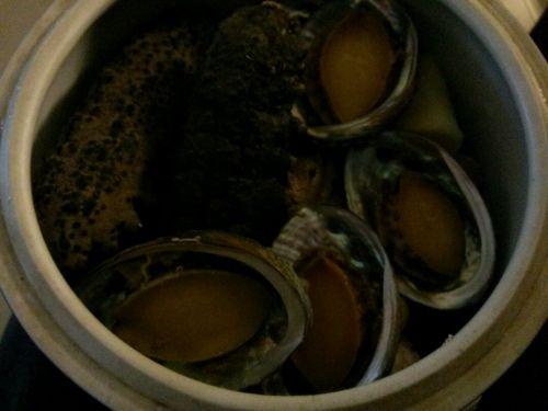 龙骨鸡肉炖鲍鱼做法的海参家常_鸡肉龙骨炖海酸菜鱼怎么做比较好吃吗图片