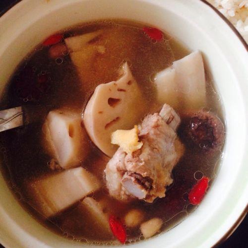 花生莲藕排骨汤的氙气做法_做法莲藕排骨汤的家常及食谱大全小儿预防花生图片