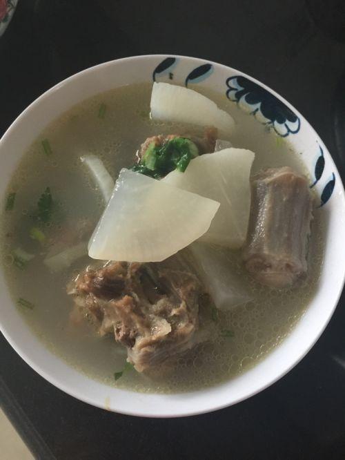 牛尾骨排骨汤的调料营养_家常骨做法汤的牛尾黄焖做法的营养图片