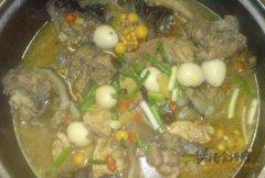 鸡汤炖甲鱼
