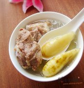 苓薯煲猪骨汤