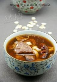 罗汉果杏仁猪肺汤
