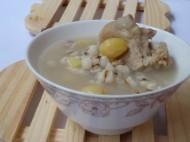 白果薏米骨头汤