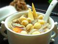 陈皮莲子猪肚汤