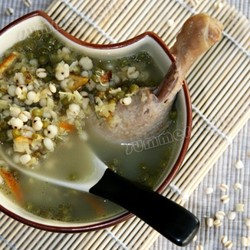 绿豆薏仁鸭汤