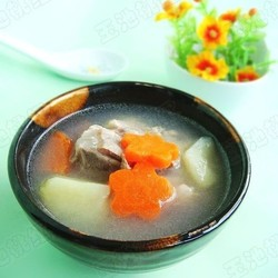 胡萝卜土豆骨头汤