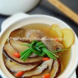 松茸鸽子汤