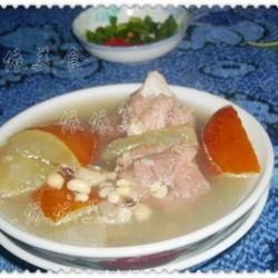 老黄瓜薏米骨头汤