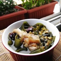海带绿豆大骨汤