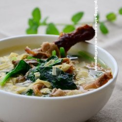 鲜香鸭架汤
