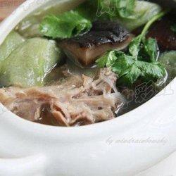 丝瓜香菇鸭架汤