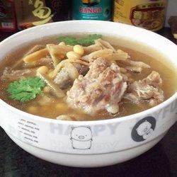 萝卜干黄豆猪骨汤