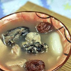 海底椰响螺乌鸡汤