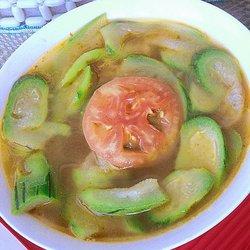 丝瓜番茄猪骨汤