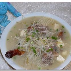 珍珠银芽鸭架汤