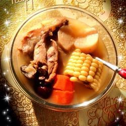 玉米胡萝卜山药猪骨汤