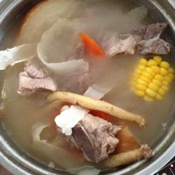 清润猪骨汤