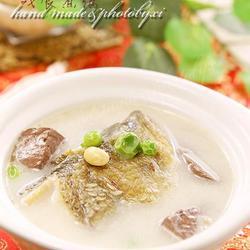双豆鸭血鱼汤