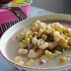 绿豆薏仁汤
