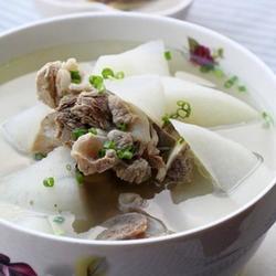 猪骨头萝卜汤