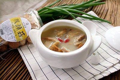 养胃食疗猴头菇猪肚汤