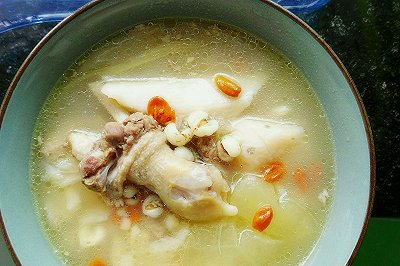 滋补炖鸭汤