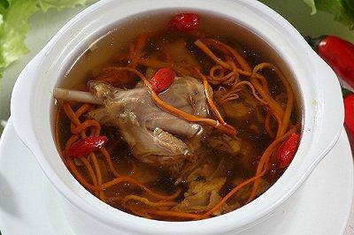 西洋参煲水鸭汤
