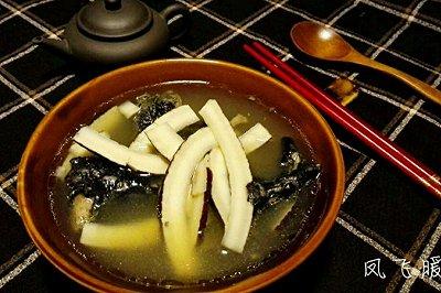 清润椰子乌鸡汤