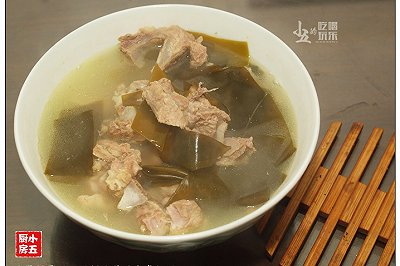 家常靓汤:海带排骨汤