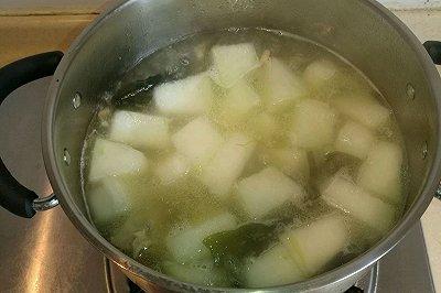 冬瓜虾仁海带排骨汤