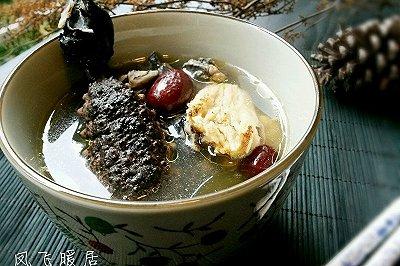 海参黄芪红枣乌鸡汤