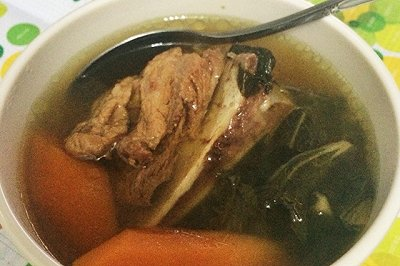菜干眉豆红萝卜煲猪骨
