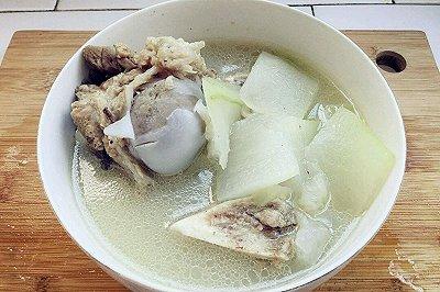 懒人版冬瓜大骨头汤