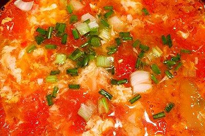 西红柿榨菜鸡蛋汤