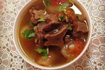 西红柿土豆牛尾汤
