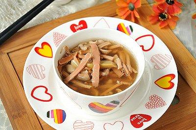 白胡椒鱿鱼炖猪肚