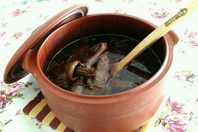 红菌鸽子汤