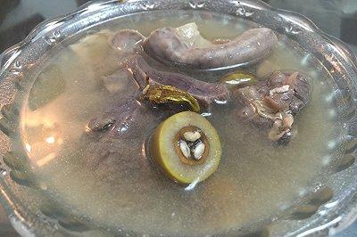 霍斛青橄榄炖花生猪肺