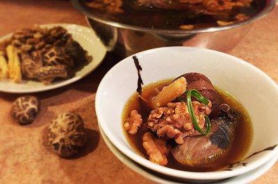 月子餐:温州核桃乌鸡