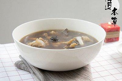 黑蒜猪骨汤