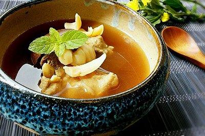 罗汉果猪骨百合汤