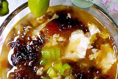 西红柿紫菜鸡蛋虾皮汤
