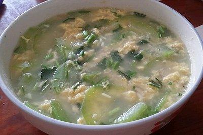 胡瓜鸡蛋鲜贝汤