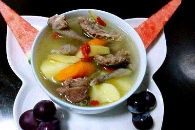 鸽子土豆汤
