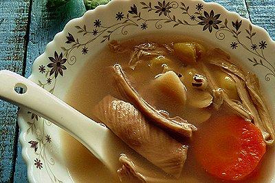 冬季暖身:银杏腐竹猪