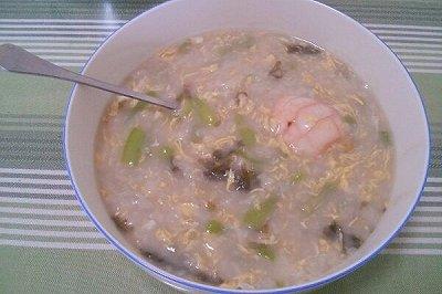 丝瓜鸡蛋疙瘩汤