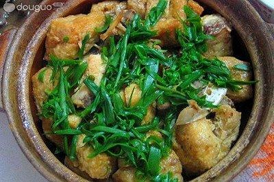 鱼头油豆腐煲